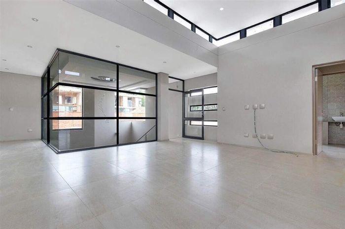 Property #1859638