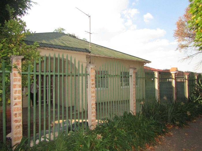 Property #1945129
