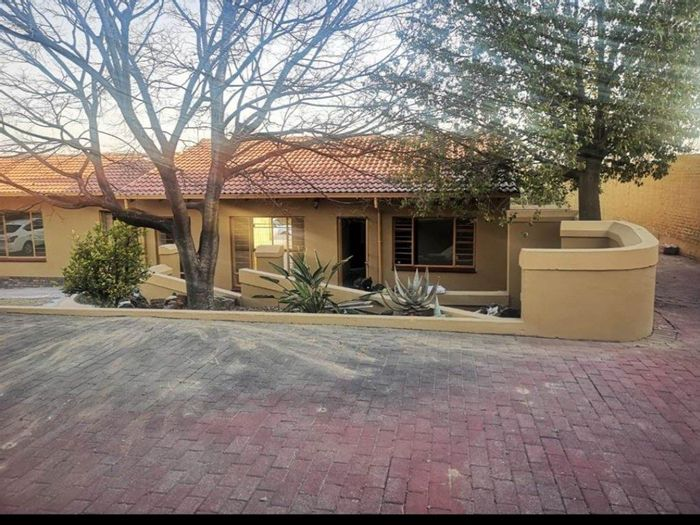 Property #1937682