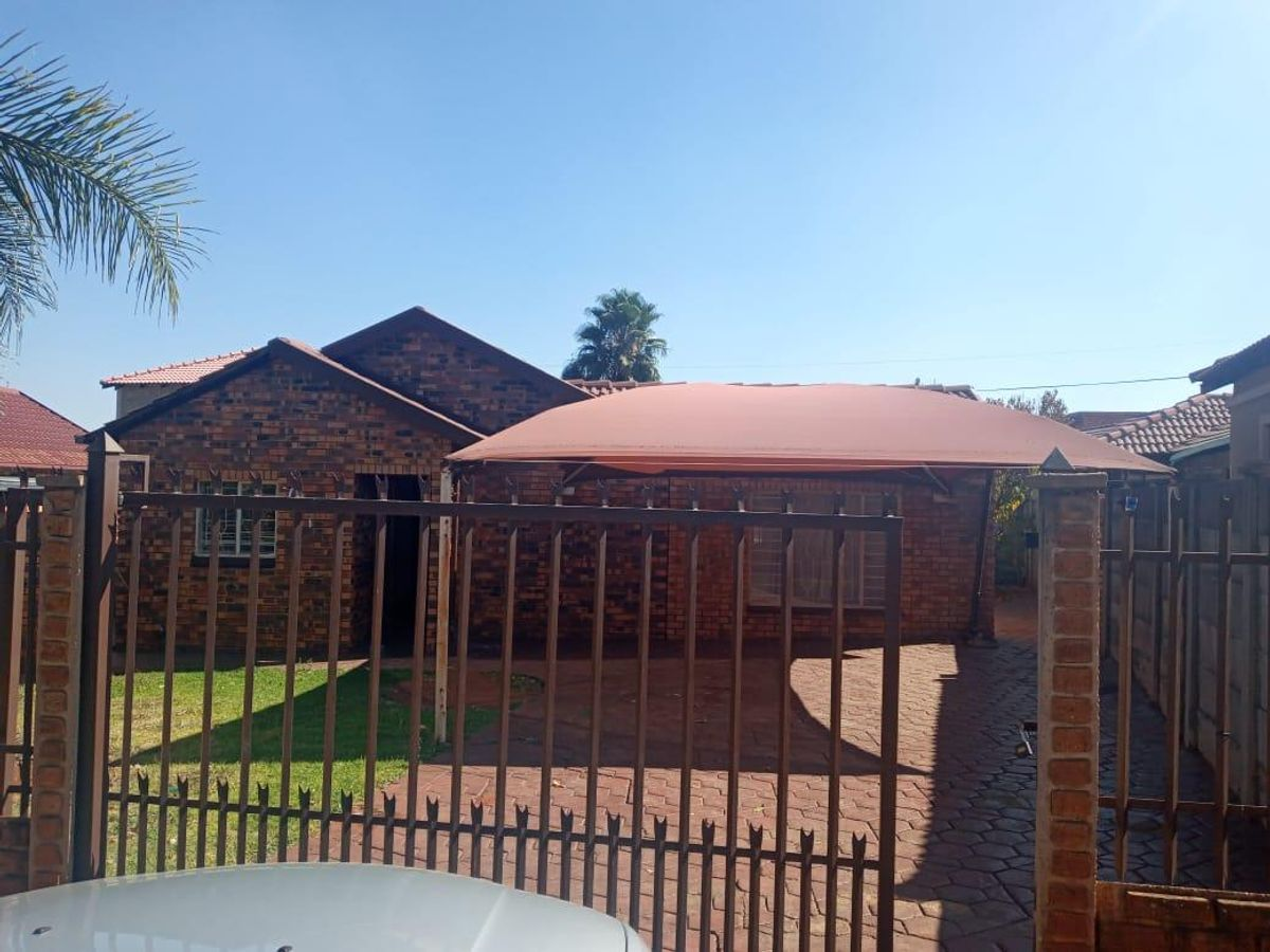Property #1946343